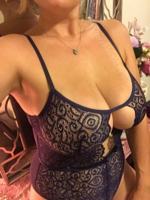 Hermeline escort in Norwalk