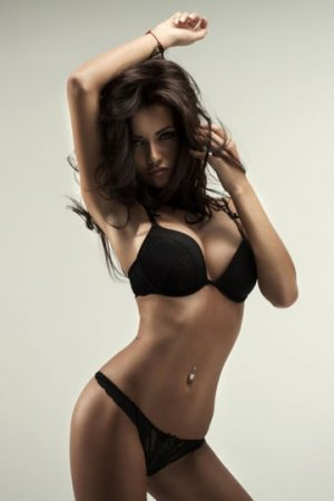 Kaissy sex clubs, incall escorts