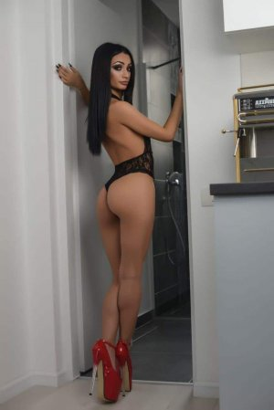 Ana-paula outcall escorts